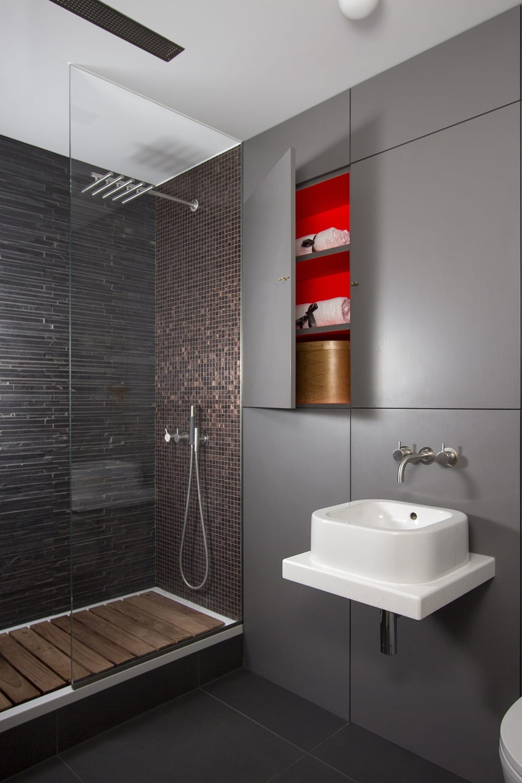 bespoke shower rooms